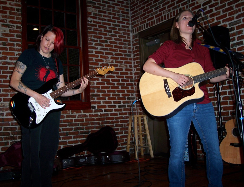 Folkstar live at the Wilmington Songwriter Sessions